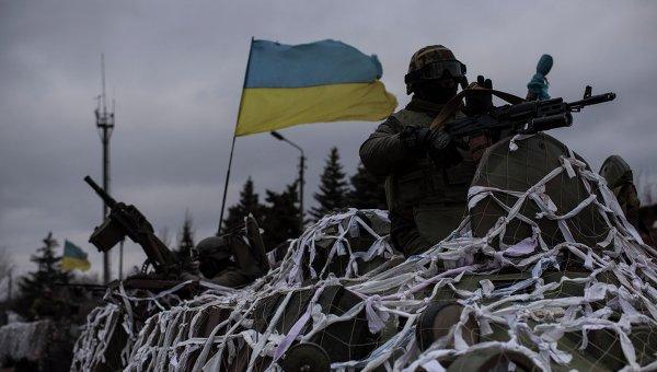 Техника украинских военных на окраине Артемовска движется в направлении Дебальцево