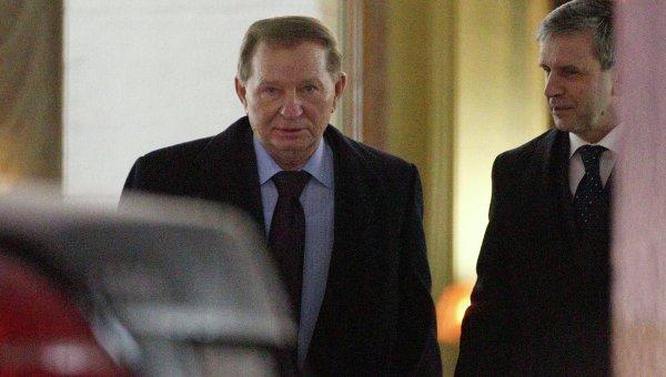 Леонид Кучма на переговорах в Минске