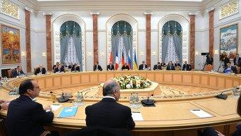 Переговоры лидеров Украины, России, Германии и Франции в Минске