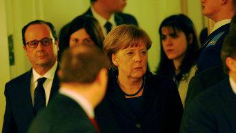 Ангела Меркель и Франсуа Олланд на переговорах нормандской четверки в Минске