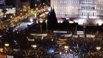 В Греции прошел многотысячный митинг в поддержку правительства
