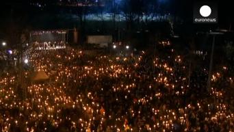 Около 30 тыс человек почтили память жертв терактов в Копенгагене. Видео