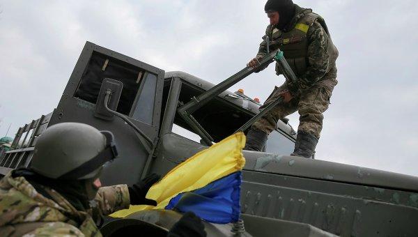 Украинские военнослужащие около Артемовска, 19 февраля 2015