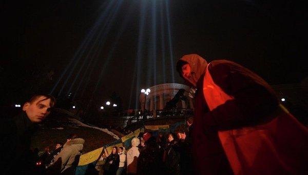 Траурные мероприятия на Майдане Незалежности, посвященные поминовению памяти погибших во время событий 20 февраля 2014 года