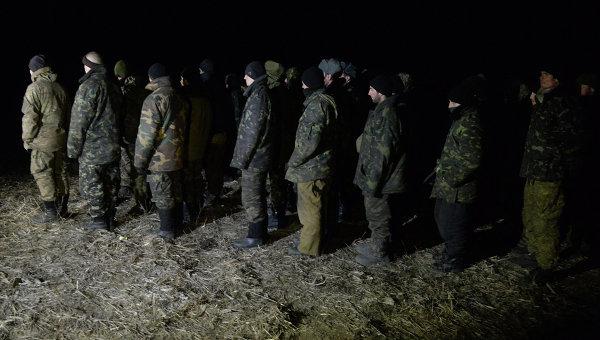 Обмен пленными между силовиками и ополченцами