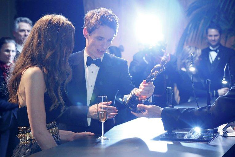 Эдди Редмэйн за кулисами премии Оскар, 22 февраля 2015