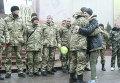 Несколько сотен черновчан встретили героев из Дебальцево