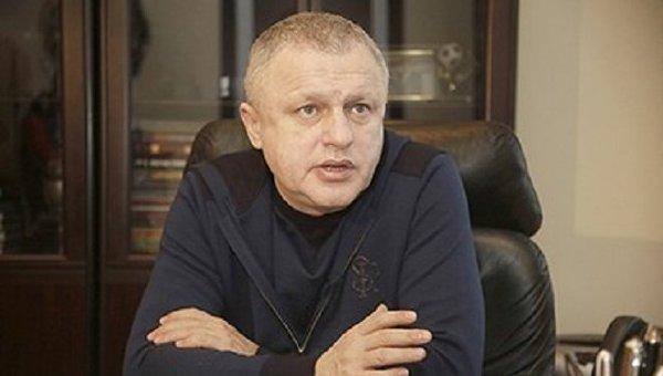 Счета Приватбанка остались под арестом из-за иска братьев Суркисов