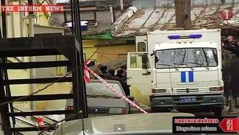 Подозреваемых в убийстве Немцова доставили в Басманный суд