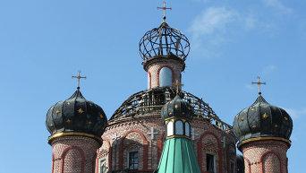 Храм святителя Игнатия Брянчанинова, пострадавший в результате боевых действий в аэропорту Донецка.