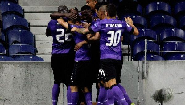 Игроки Порту празднуют гол в ворота Динамо. Архивное фото