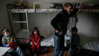Беженцы и переселенцы. Архивное фото