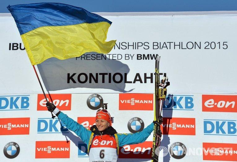 Валентина Семеренко, завоевавшая золотую медаль в масс-старте среди женщин на ЧМ по биатлону