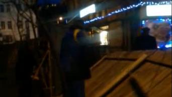 Снос забора возле сквера Сагайдачного в Киеве. Видео