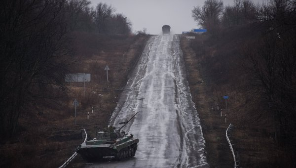 Военные учения ополчения ДНР в Дебальцево