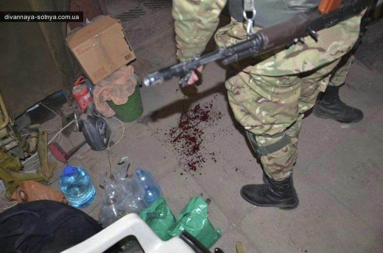 Раненые украинские военные в результате обстрела Песок