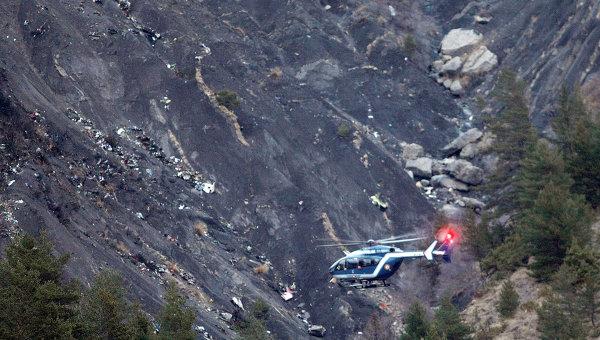 На месте авиакатастрофы Airbus A320 в Альпах