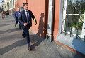 Зорян Шкиряк у здания Государственной службы по чрезвычайным ситуациям