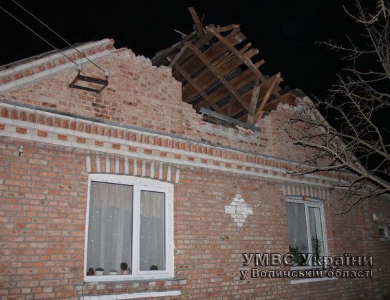 Дом, разрушенный при падении самолета