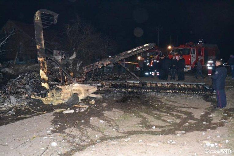Обломки самолета, упавшего под Луцком