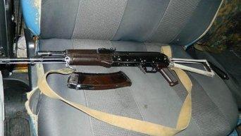 Оружие, изъятое у задержанного