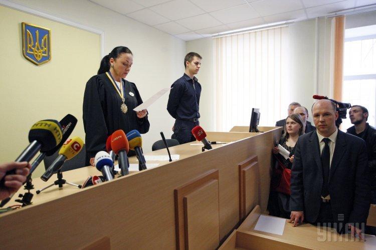 Заседание Печерского районного суда Киева по рассмотрению меры пресечения экс-главе Государственной службы по чрезвычайным ситуациям Сергею Бочковскому 27 марта 2015 года