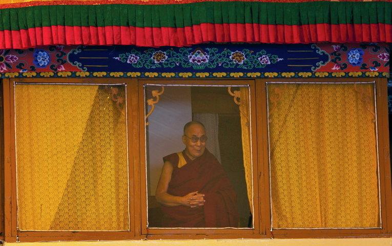 Тибетский духовный лидер Далай-лама прибыл на фестиваль в индийскую Дхарамсалу