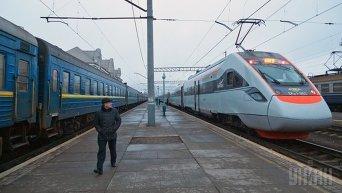 Поезд Укрзализныци. Архивное фото