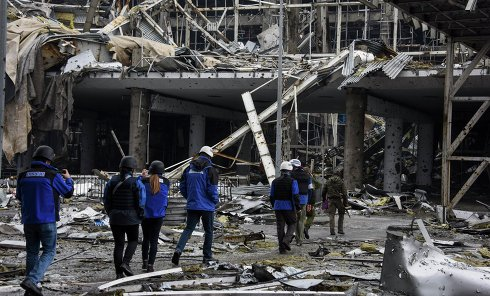 Наблюдатели ОБСЕ в аэропорту Донецка