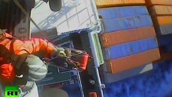 Спасение американского моряка