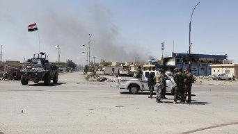 Иракские войска проводят зачистку Тикрита от боевиков ИГ
