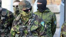 Боец батальона ОУН перед отправкой в зону АТО