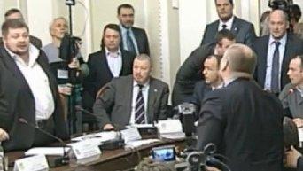 Мосийчук бросил бутылкой в Борислава Березу
