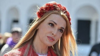 Народная артистка Украины Ольга Сумская на фестивале писанок в Софии Киевской