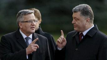 Президент Украины Петр Порошенко и его польский коллега Бронислав Коморовский в Киеве