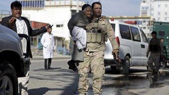 В результате нападения талибов на суд в Афганистане погибли 18 человек