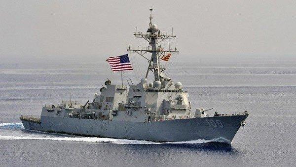 Ракетный эсминец Военно-морских сил США. Архивное фото
