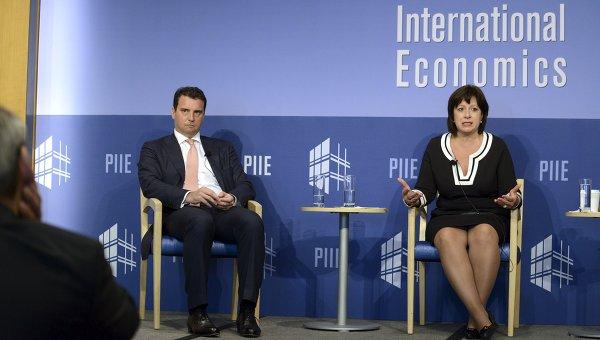Визит Яресько на встречу директоров МВФ