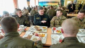 Президент Украины Петр Порошенко на открытии украинско-американские учения Феарлесс Гардиан