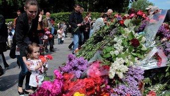 Киевляне в парке Славы на День победы, 9 мая 2011 года