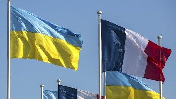 Украина просит Францию проявить мудрость ввопросе смягчения санкций противРФ