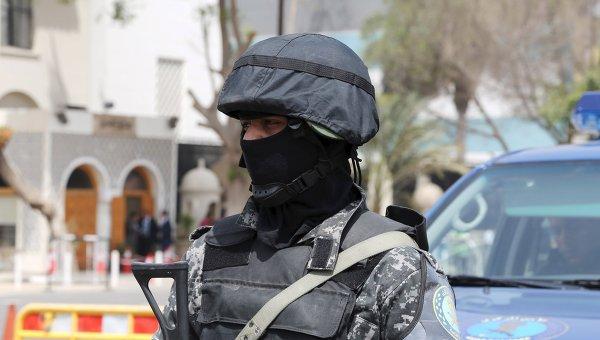 Полицейский в Египте. Архивное фото