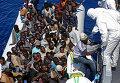 В выходные в Средиземном море затонуло очередное судно, на котором мигранты из Северной Африки пытались доплыть до берегов Италии. Жертвами крушения, по данным ООН, стали около 800 человек