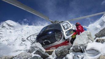 Альпинисты эвакуированы с Эвереста