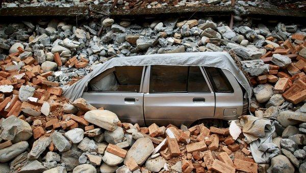 Последствия разрушительного землетрясения в Непале