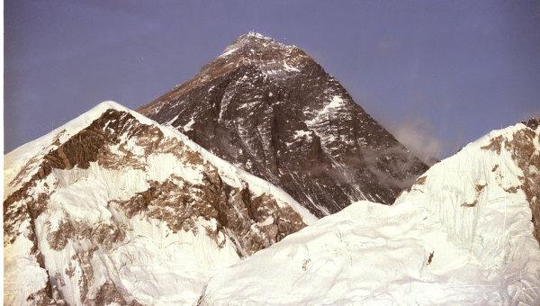 Гора Эверест, высота 8848 метра