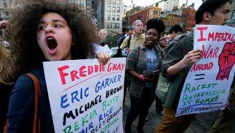 Протесты на Юнион-сквер в Нью-Йорке
