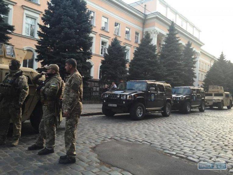 Бойцы СБУ и джипы в Одессе