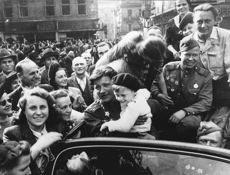 Прага. 9 мая 1945 года. (Архивные фото)