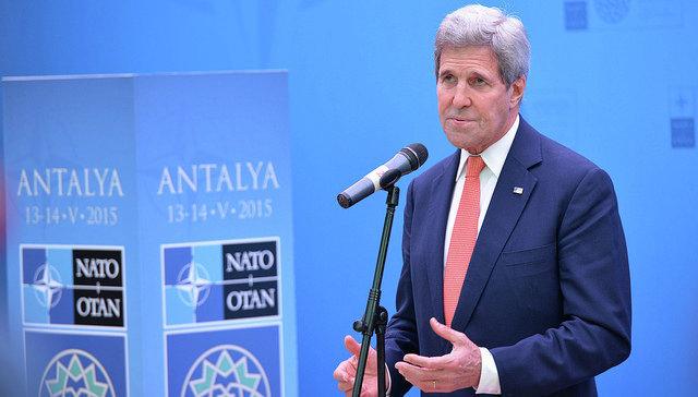 Госсекретарь США Джон Керри на встрече глав МИД стран-членов НАТО в Турции